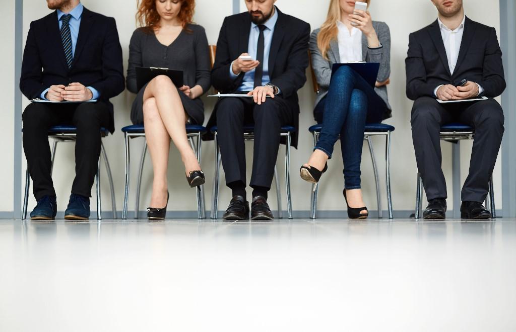 click to see job hunters